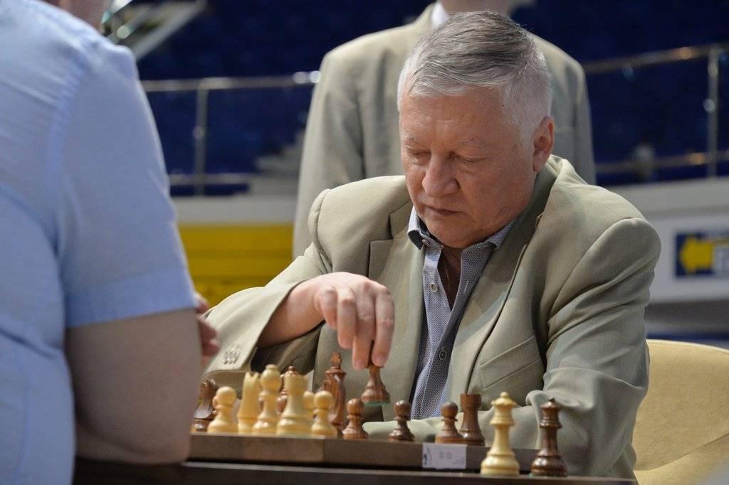 Анатолий карпов - шахматист с большой буквы. биография карпова анатолия евгеньевича