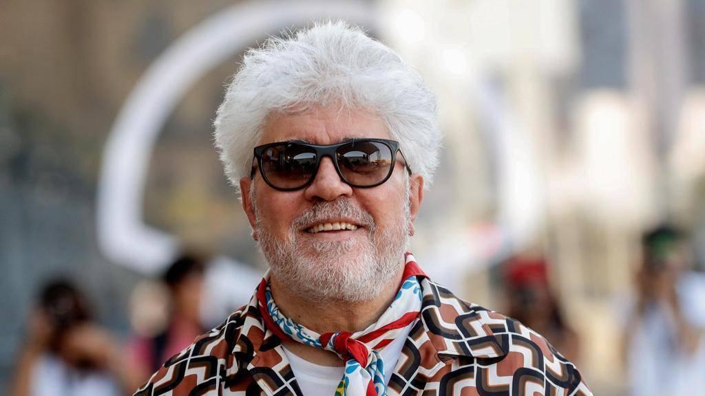 Педро альмодовар: биография, фильмография, личная жизнь, фото