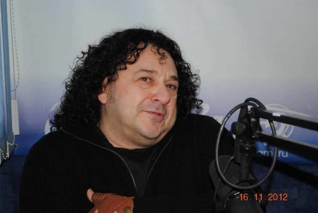 Игорь саруханов: биография и личная жизнь   краткие биографии