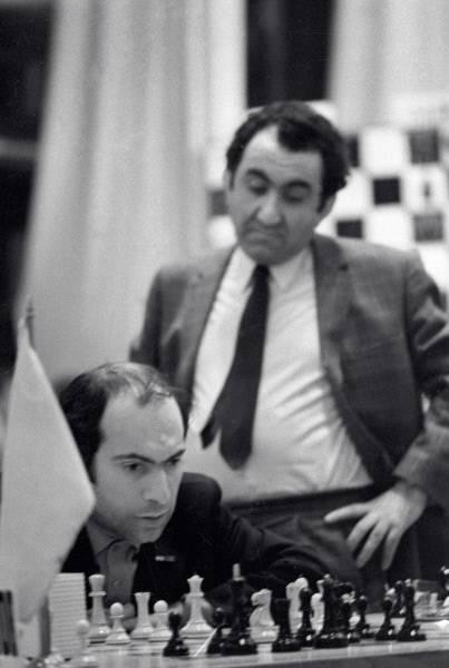 Шахматист михаил таль – биография, карьера, достижения - шахматы онлайн