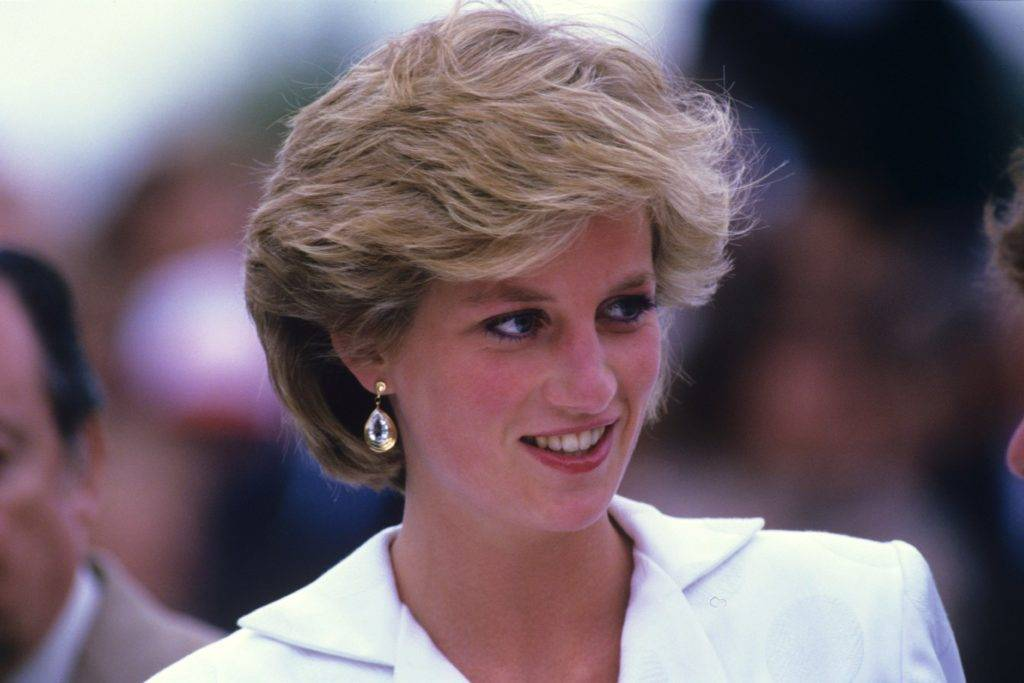 История жизни, любви и смерти принцессы дианы, которая не стала королевой британии, а стала королевой людских сердец — staff-online
