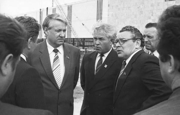 Борис ельцин. биография человека, разрушившего ссср