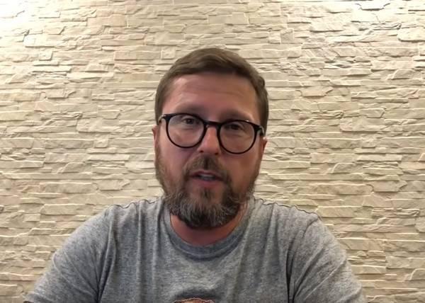 Анатолий шарий – биография пророссийского пропагандиста