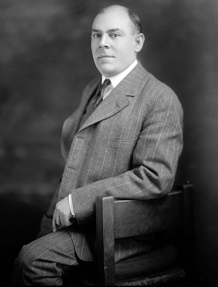 Клайв стейплз льюис биография