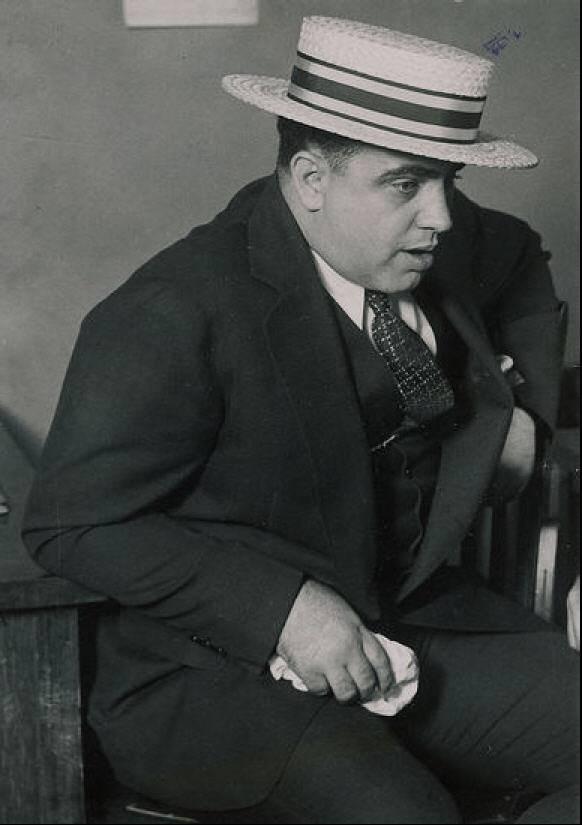 Капоне, Альфонсо