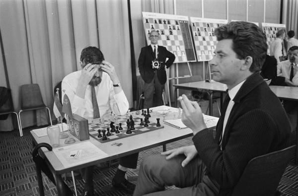 Борис спасский - биография великого российского шахматиста - шахматы онлайн