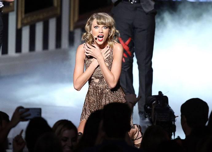 Тейлор свифт — простота и совершенство прекрасной певицы