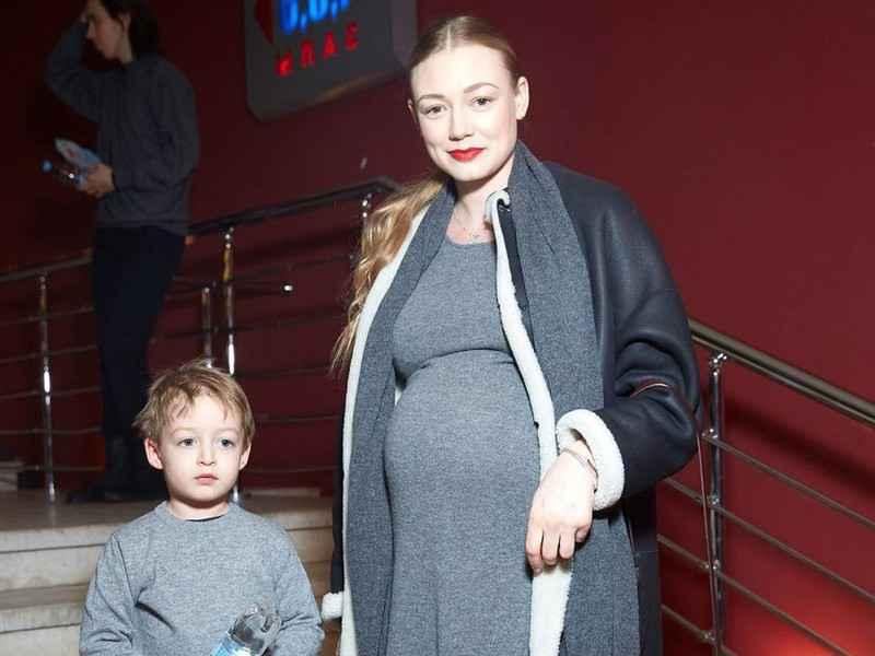Оксана акиньшина – фильмы и фото с участием актрисы, биография и личная жизнь (мужья и шнуров)