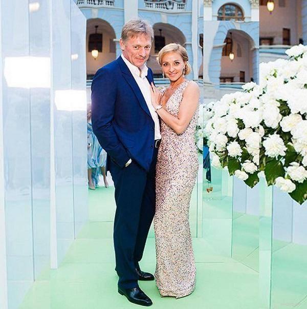 Все жены дмитрия пескова, дети. тайны личной жизни / жены политиков, бизнесменов / его-жена. жены знаменитостей