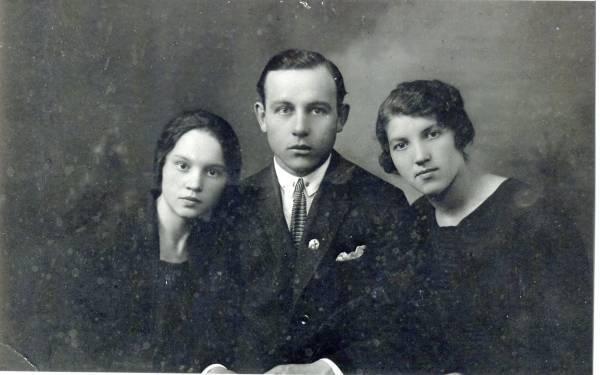 Рукавишников, иван васильевич