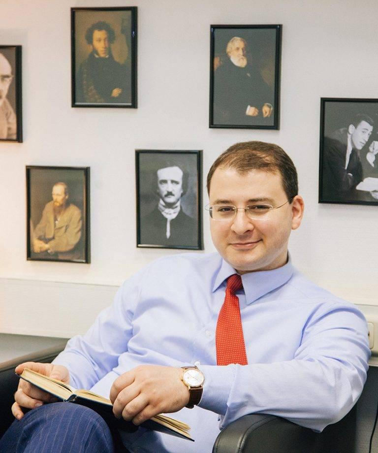 Илья новиков: биография, личная жизнь адвоката, участие в телепроектах