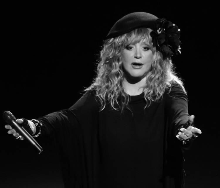 Певица алла пугачева: биография, личная жизнь, семья, муж, дети — фото - popbio - популярные биографии