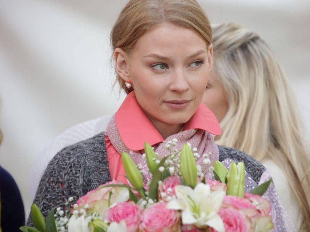 Светлана ходченкова: биография, личная жизнь, семья, муж, дети — фото