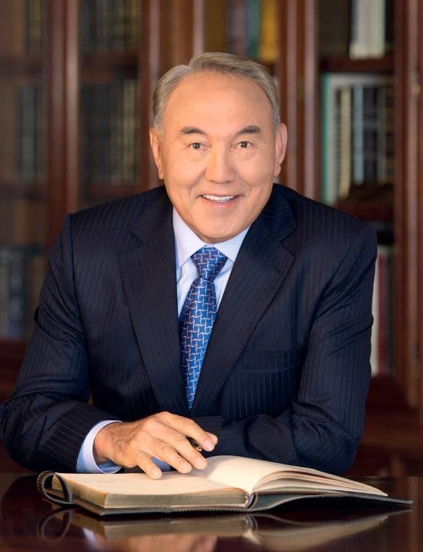 Нурсултан назарбаев: биография, личная жизнь, почему ушел в отставку