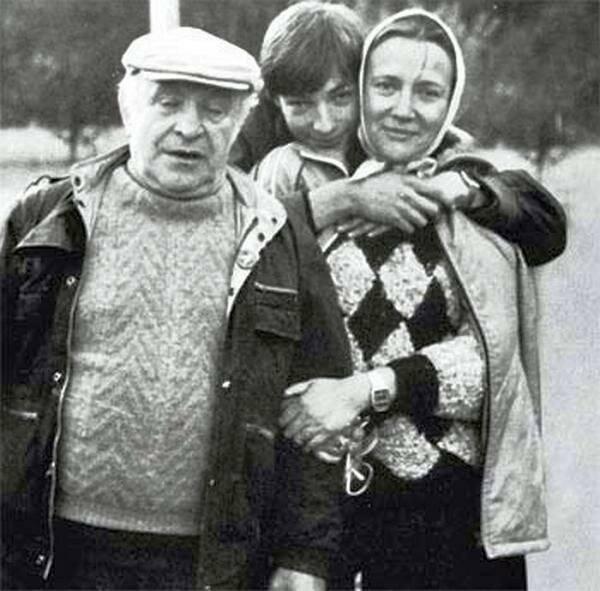 Жена ролана быкова - фото, биография, личная жизнь, дети
