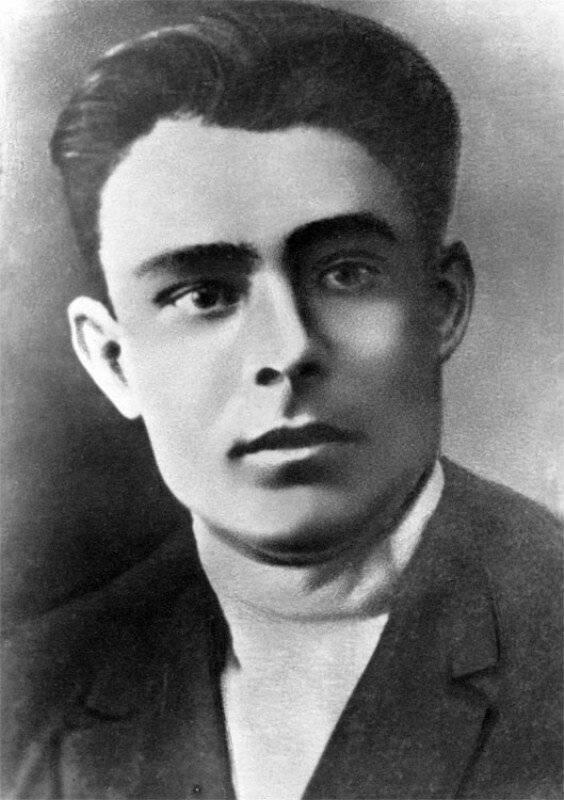 Леонид брежнев - биография, факты, фото