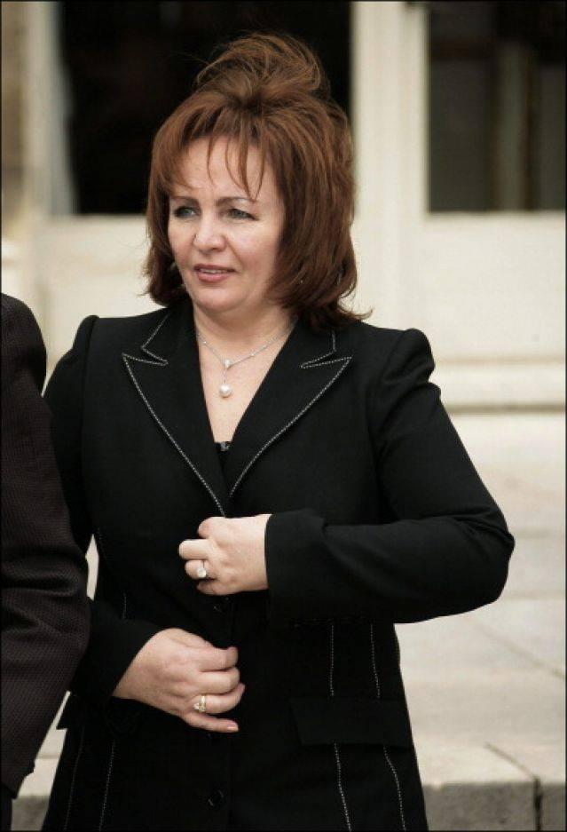 Людмила путина - биография, информация, личная жизнь, фото, видео