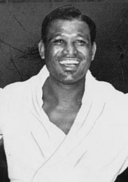 Sugar ray robinson biography - life of american boxer