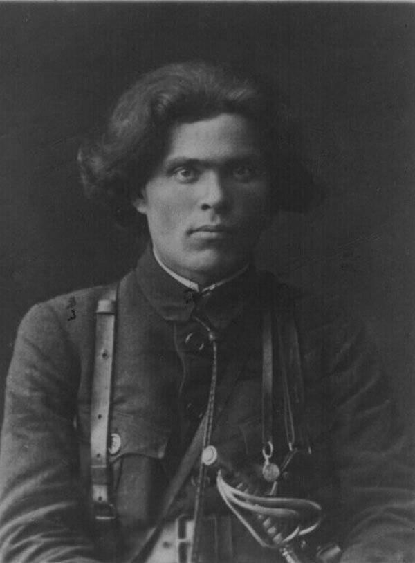 Нестор махно: краткая история жизни самого знаменитого анархиста гражданской войны, его убеждения и смерть