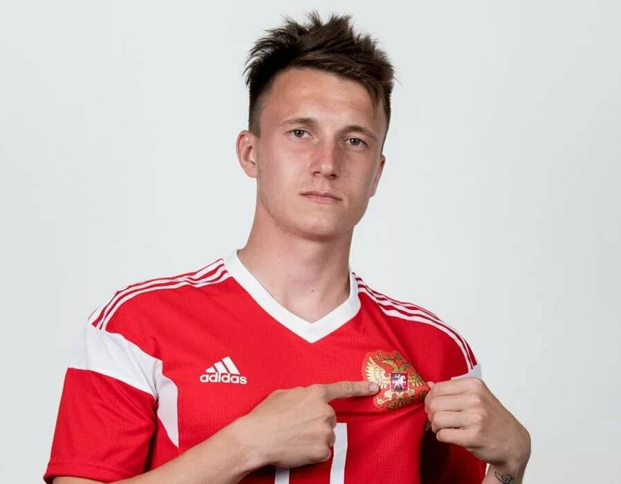 Александр головин - перспективный футболист, фото и биография тут